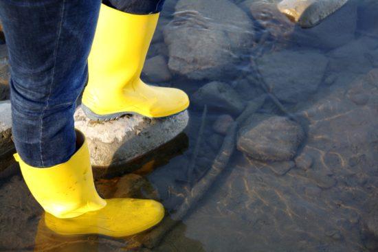 野池ルアーのロストは長靴を履くだけで確実に減らすことができる!